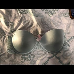 Pink push up bra. 34 b